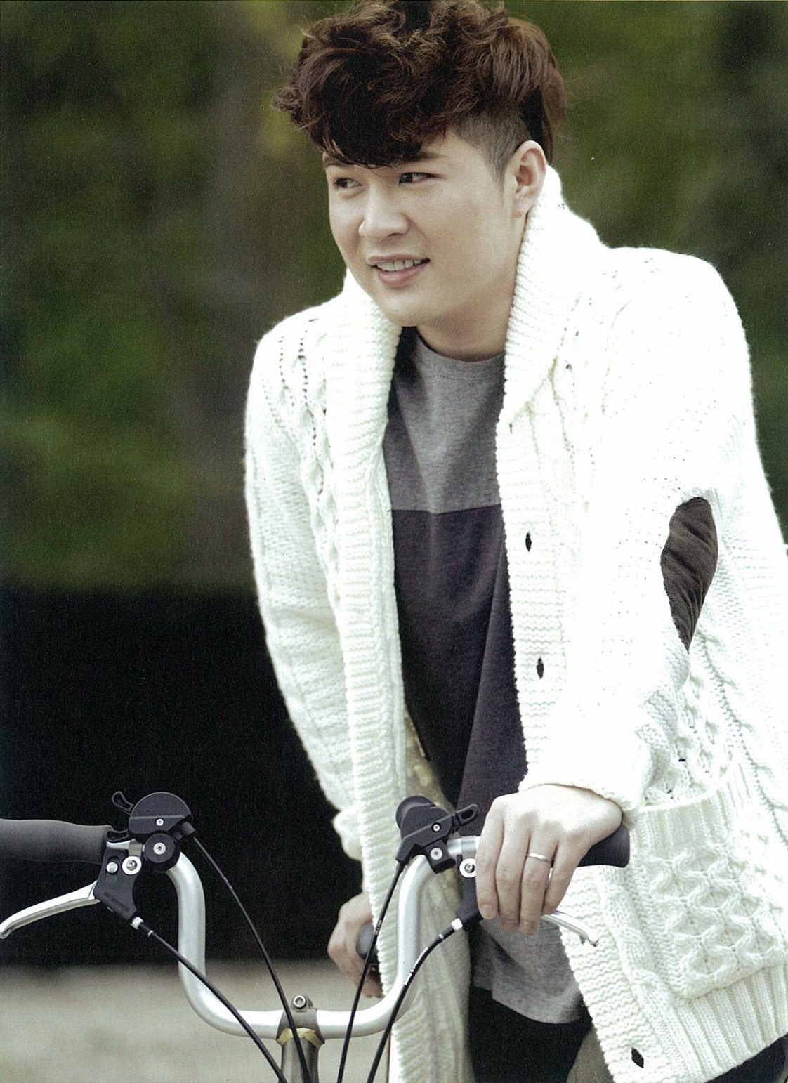 Shindong – Let's Learn About Super Junior – Canada – Canadian